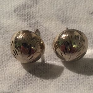 3D Round Floral Etched Design Stud 925 Earrings
